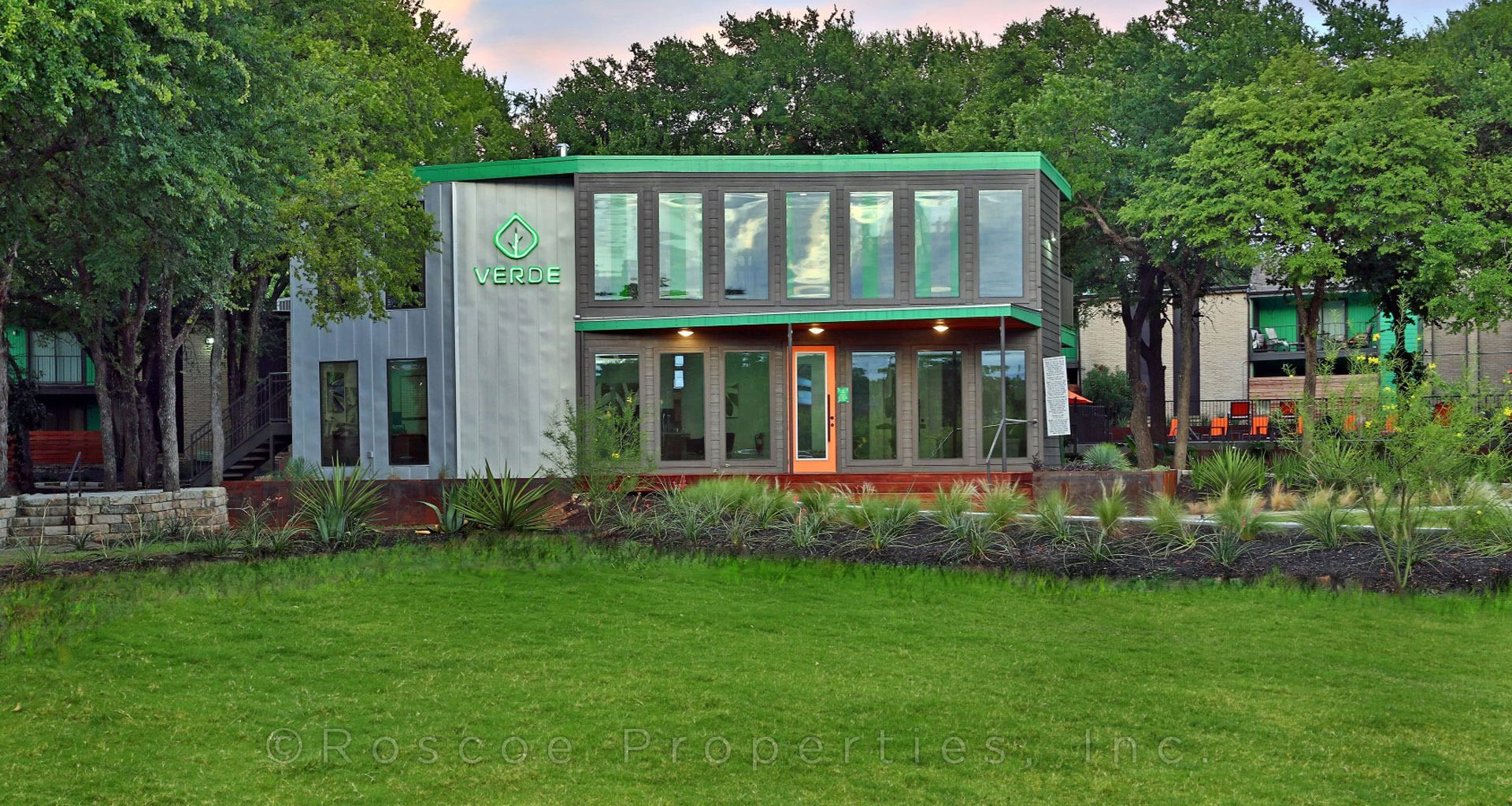 Verde Apartments homepagegallery 1