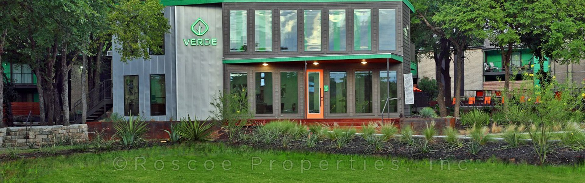 Verde Apartments banner 1