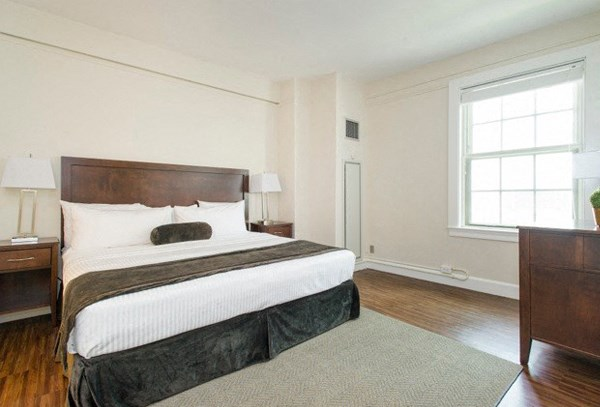 One bedroom apartment rentals in Boston.
