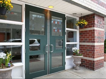 888 Washington Street 1-4 Beds Apartment for Rent Photo Gallery 1