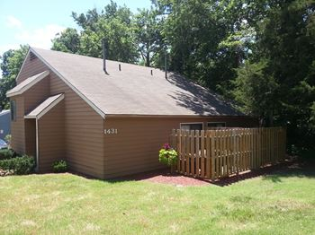 1431-1433 McCain Ln. 2 Beds Apartment for Rent Photo Gallery 1
