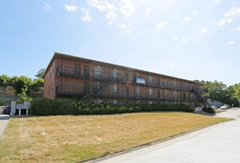 1620 McCain Ln. 1-4 Beds Apartment for Rent Photo Gallery 1