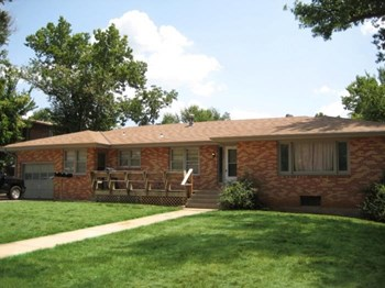 1817 College Heights Rd. 1-4 Beds Apartment for Rent Photo Gallery 1