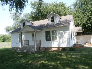 5575 Rocky Ford Rd. 3 Beds House for Rent Photo Gallery 1