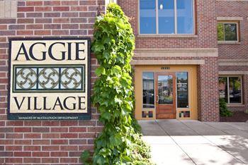 1215 Laramie St. Studio Apartment for Rent Photo Gallery 1