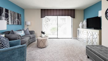 2300 Glen Eagle Drive 1-2 Beds Apartment for Rent Photo Gallery 1