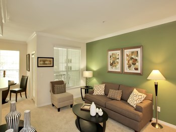 8461 E 81st Street 1-2 Beds Apartment for Rent Photo Gallery 1