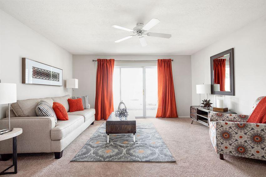 Spacious Living Room - Bennington Pond Apartments