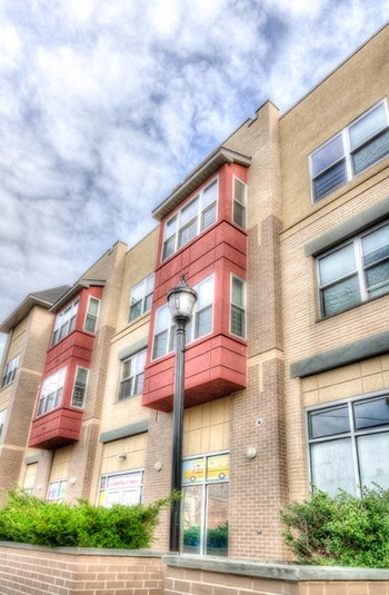 302 16Th Avenue 1-3 Beds Apartment for Rent Photo Gallery 1