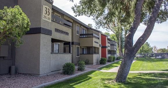 latitude apartments, 1944 w. thunderbird, phoenix, az - rentcafé
