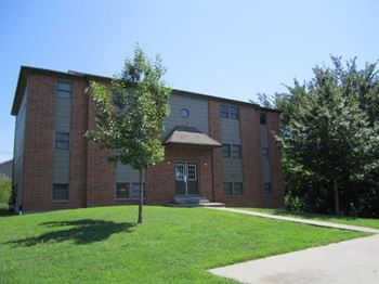 1003 Valley View Dr. 2 Beds Apartment for Rent Photo Gallery 1
