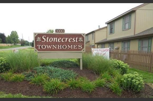 stonecrest townhomes 1000 monterey way lawrence ks rentcafé