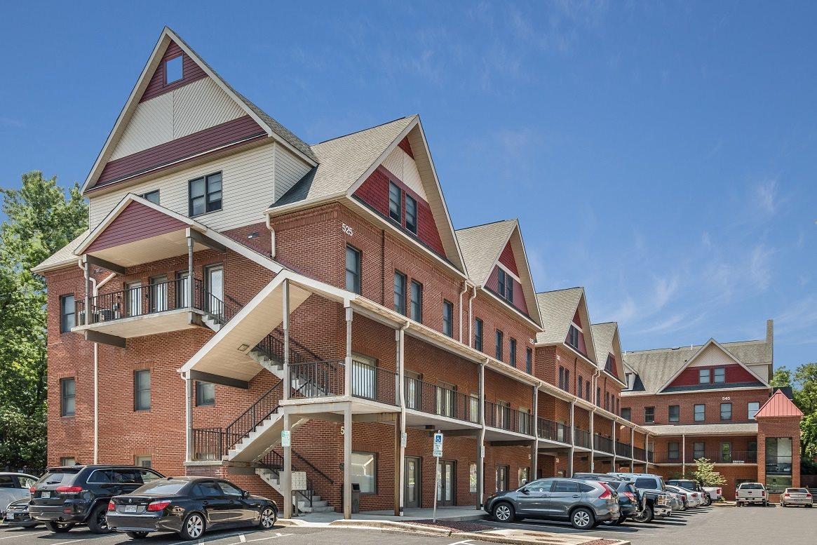 Laurel Luxury Apartments