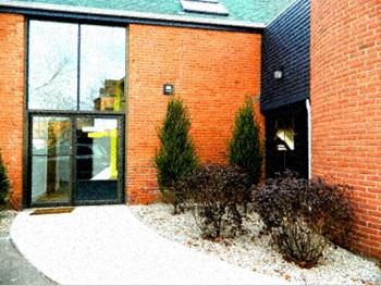 19 Howe Street Studio Apartment for Rent Photo Gallery 1