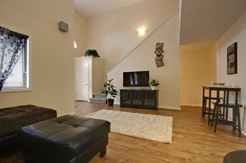 15345 Venlo Drive 4 Beds Apartment for Rent Photo Gallery 1