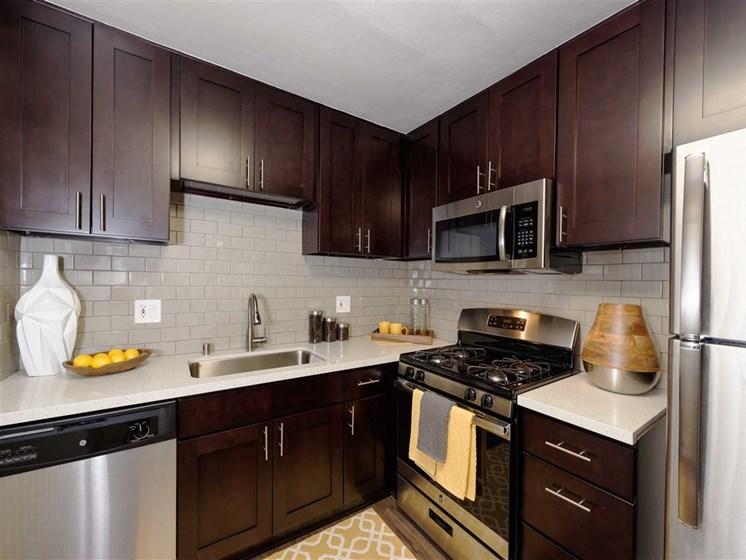 Top-of-the-line Kitchens at The Verandas Apartments, CA, 91791