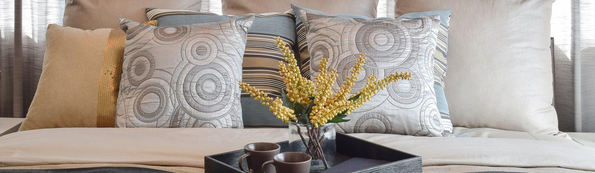 1500 Locust luxury apartment bedroom pillows