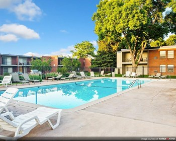 1117 City Park Ave. Studio-2 Beds Apartment for Rent Photo Gallery 1