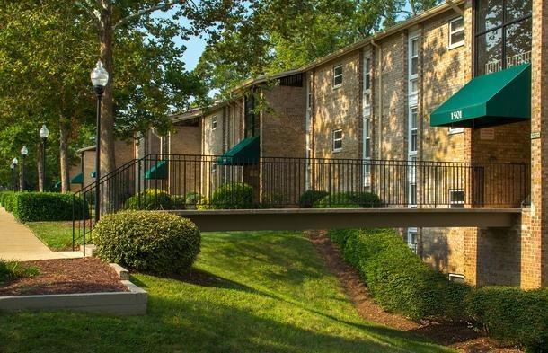 Woodbridge Forest Apartments Va