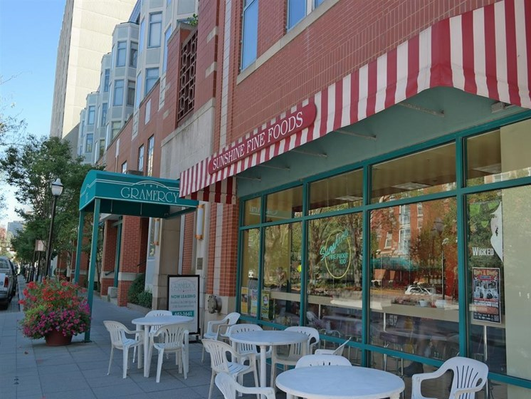 Outdoor Places at Gramercy on Garfield, Cincinnati, OH