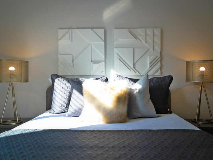 Cozy Bedroom at Gramercy on Garfield, Ohio