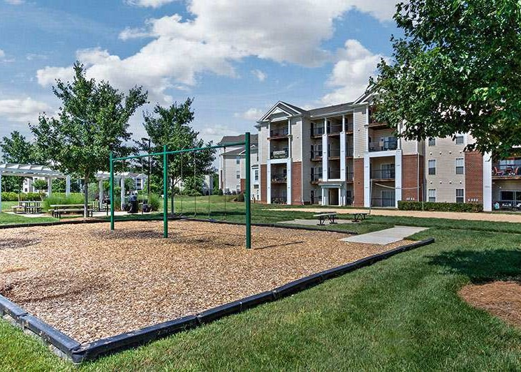 Beautifully Landscaped Grounds at Abberly Woods Apartment Homes, Charlotte, NC