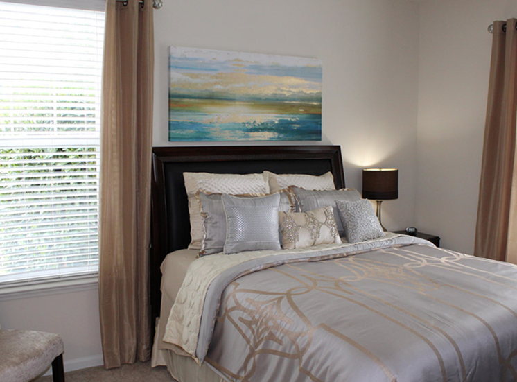 Spacious Bedrooms at Abberly Crest Apartment Homes, Lexington Park, MD