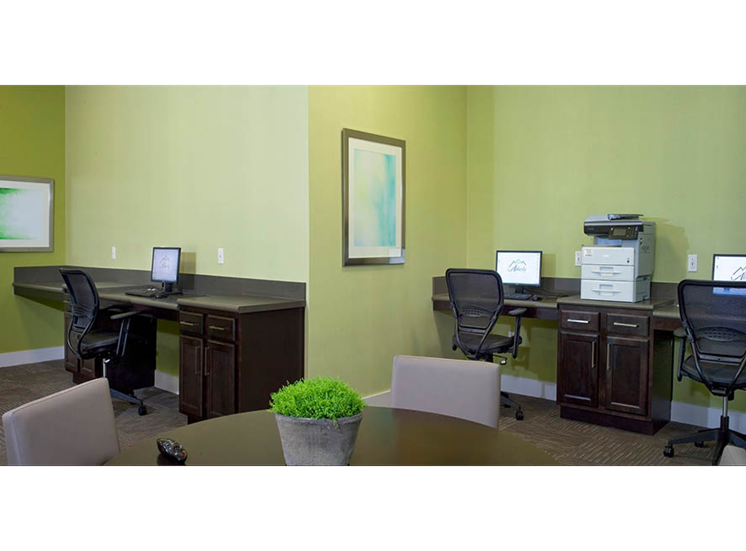 Business Center with Wi-Fi at Abberly Crest Apartment Homes, Lexington Park, MD, 20653