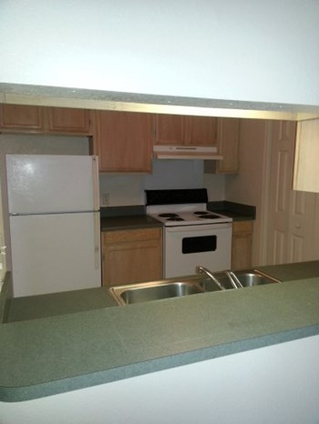 1524 Parkway Greenwood 1-3 Beds Apartment for Rent Photo Gallery 1