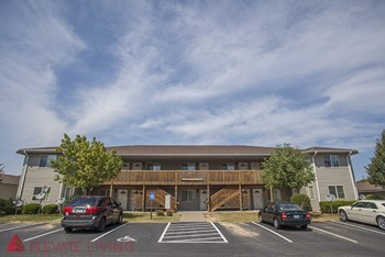 4808 Grand Ave. 1-2 Beds Apartment for Rent Photo Gallery 1