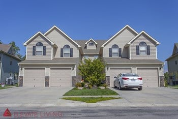 6601 NE 39th St. 2-3 Beds Apartment for Rent Photo Gallery 1