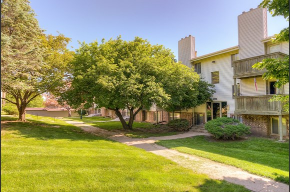Camelot Village Apartments 2344 N 92nd Ave Omaha Ne