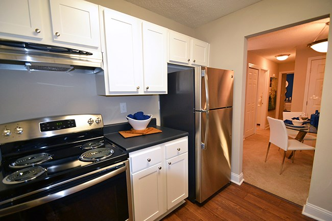 Fully equipped kitchen at Sterling Bluff Apartments, Savannah, GA,31406