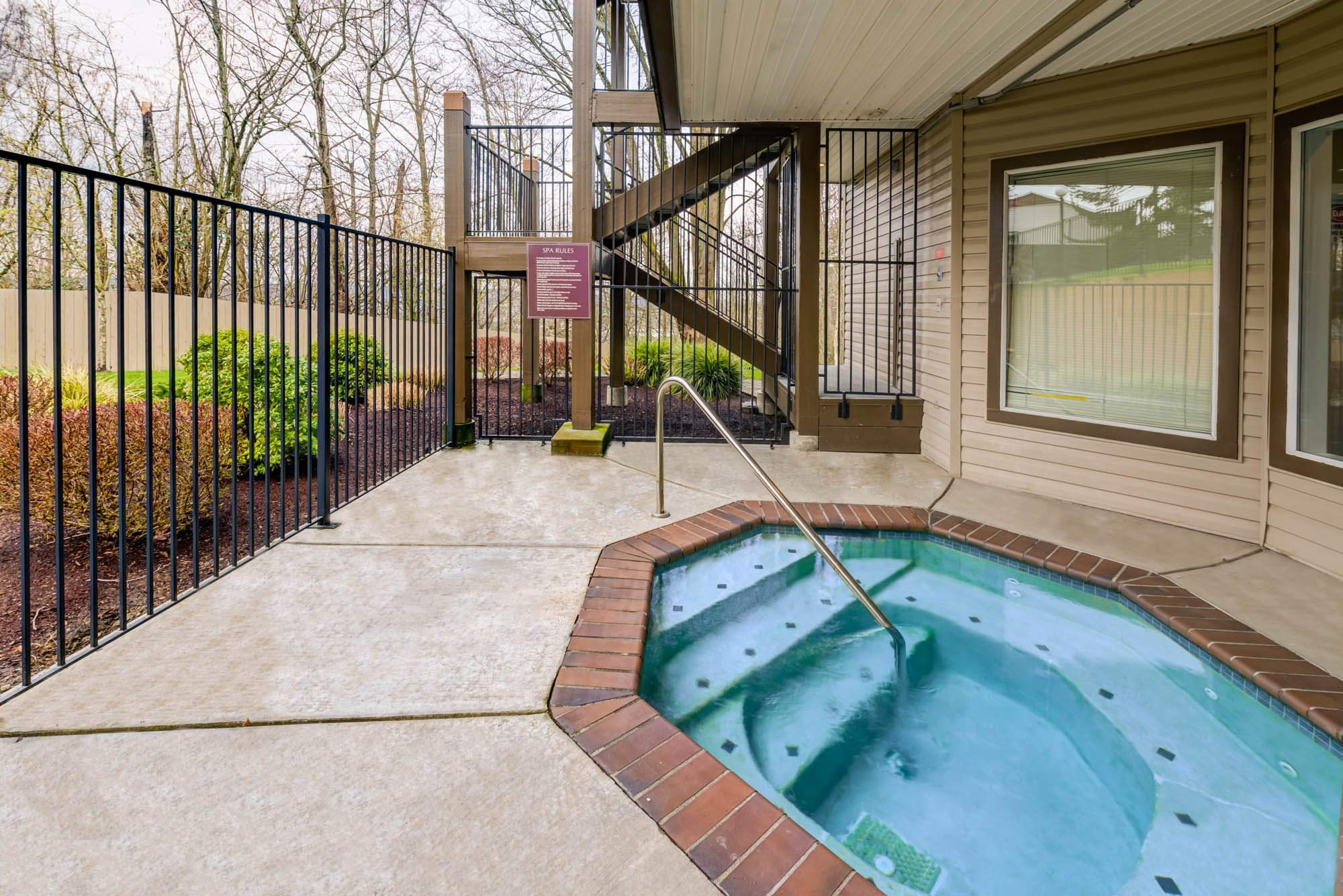 Pool Cabana & Outdoor Entertainment Bar at Westview Village, Renton, WA,98055