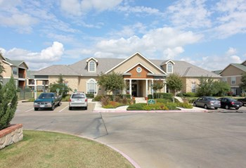 5000 Joe Ramsey Blvd.  1-2 Beds Apartment for Rent Photo Gallery 1
