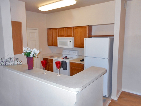 Rosemont at Meadow Lane - Affordable Apartments Dallas Texas