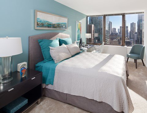 Wake up to the beautiful sunrise over Chicago at McClurg Court.
