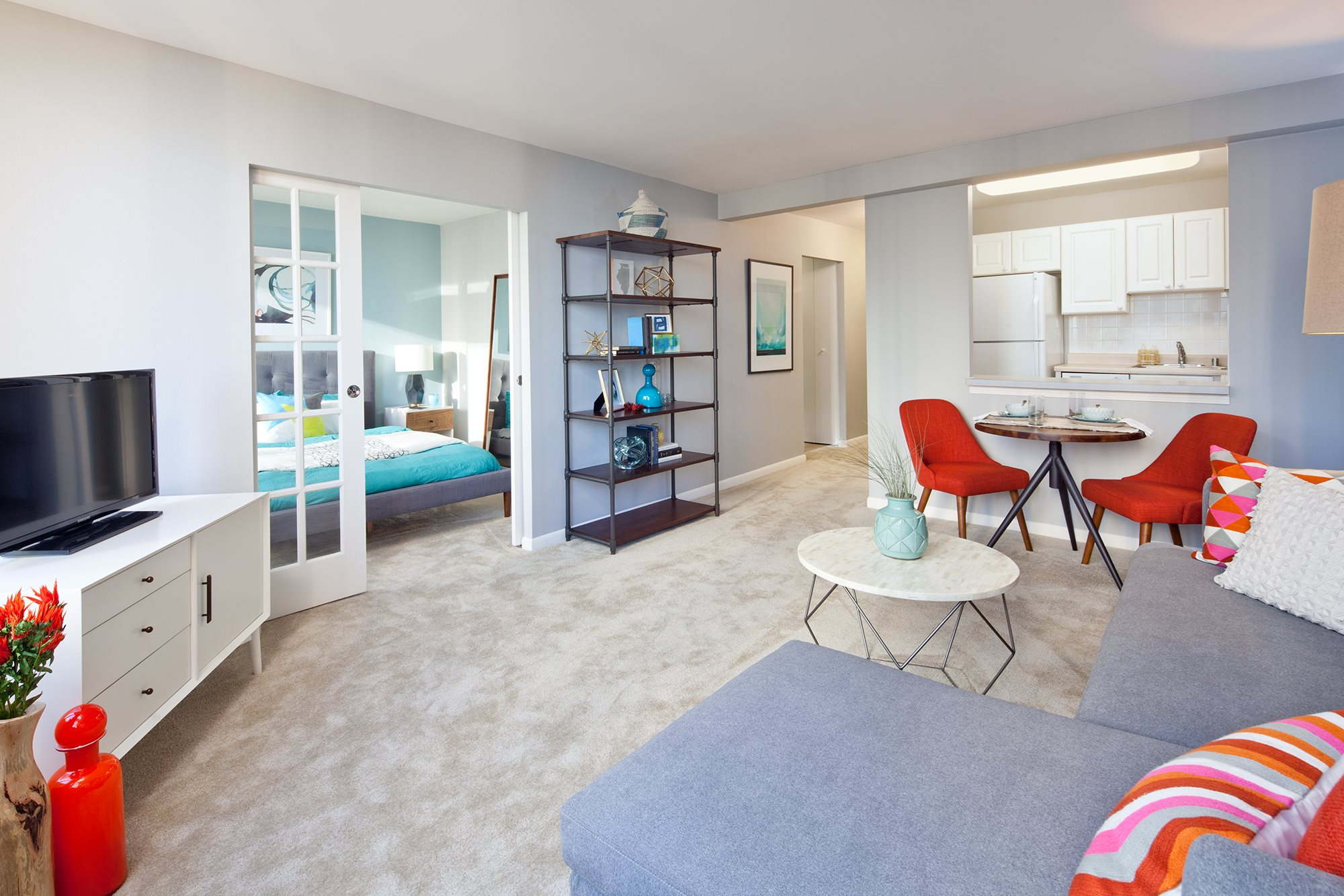 Spacious one bedroom floor plans in Streeterville Chicago at McClurg Court.