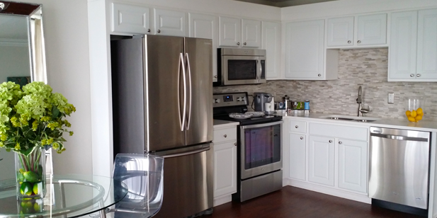 Gourmet Kitchens With Separate Dinning Area At Lakeview Apartments, 136 N.  10th St,