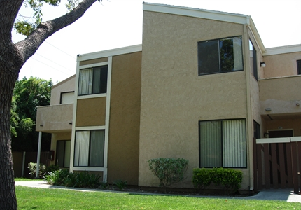 Beautiful Landscaping at Springhill Townhomes, Claremont, CA,91711
