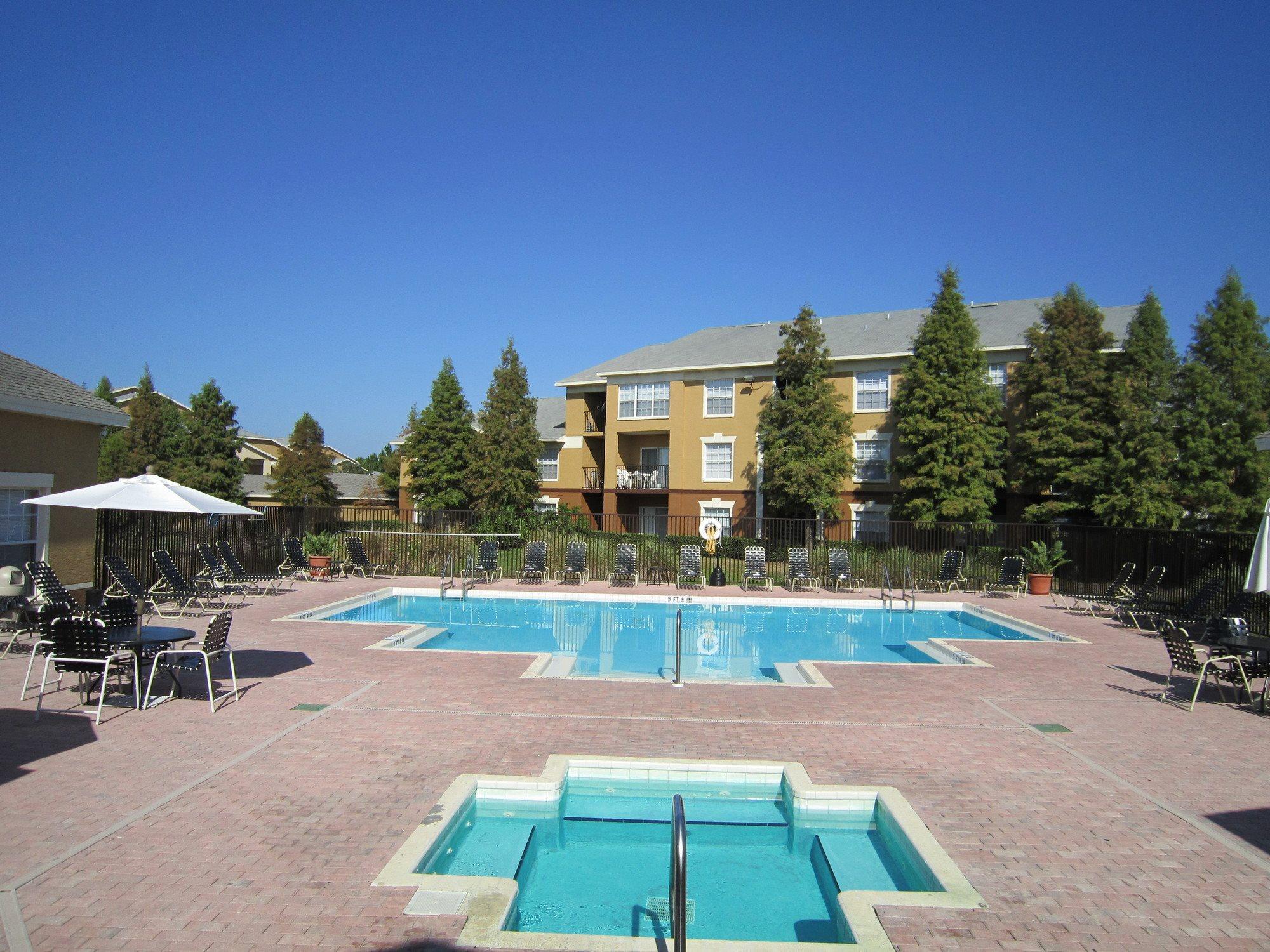 community-amenities-Pinellas-Park-FL