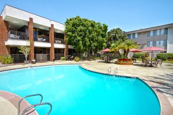 10000 Imperial Highway 1 Bed Apartment for Rent Photo Gallery 1