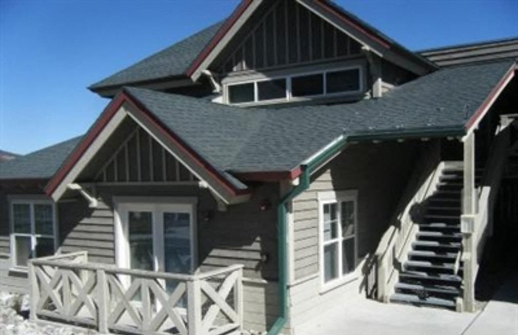 Mountain resort cabin style