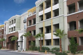rent luxury apartments in las vegas nv verified listings rentcafé