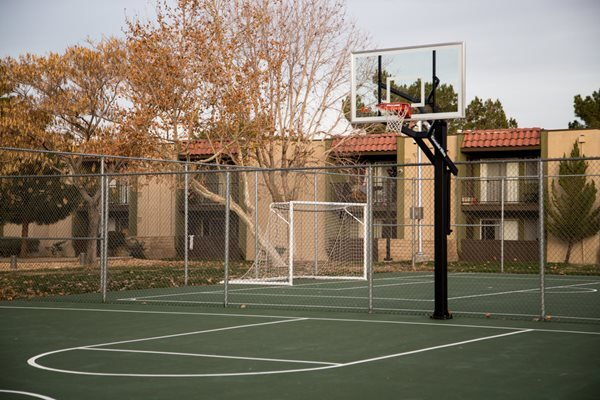 Basketball Court at The Fountains at Palmdale, Palmdale, CA,93550