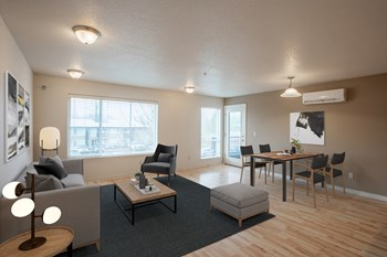 3411 Hayes Street 2 Beds Apartment for Rent Photo Gallery 1