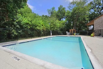 123 South Wilson Creek Boulevard 2 Beds Apartment for Rent Photo Gallery 1