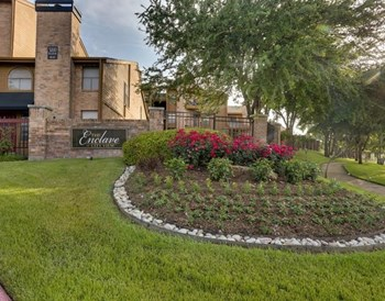 5401 Overton Ridge Boulevard 1-3 Beds Apartment for Rent Photo Gallery 1
