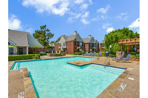 Heritage place apartments 1600 heritage drive mckinney - Public swimming pools in mckinney tx ...