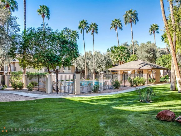 Off Broadway Apartments 546 S Country Club Road Mesa